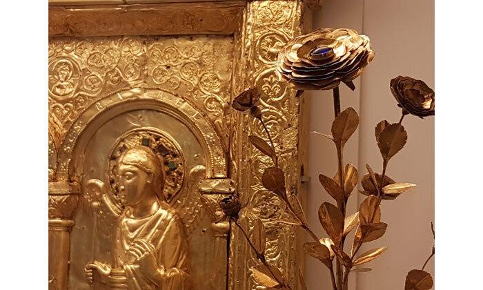 Minucchio da Siena: Rose d'or, 14e siècle, Cl. 2351 et Devant d'autel de la cathédrale de Bâle, 11e siècle, Cl. 2351