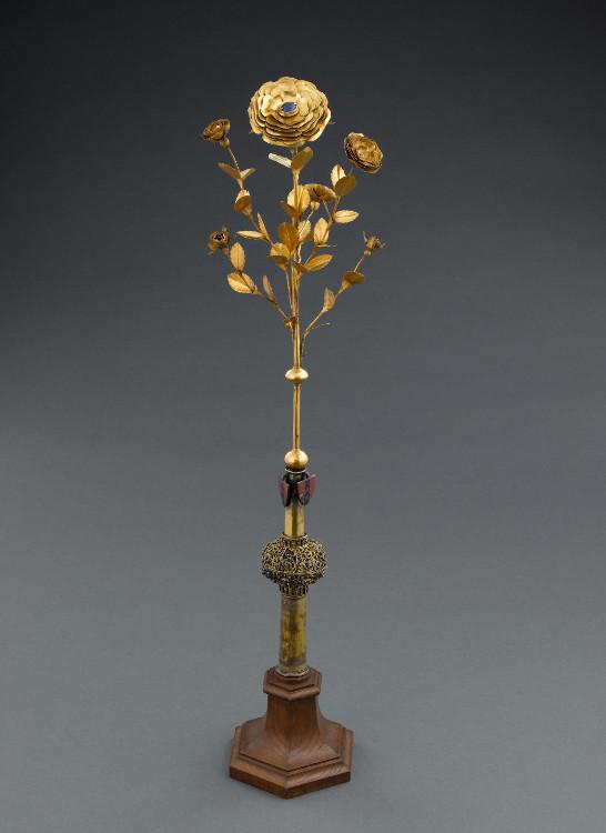 Les Roses d'or ou Roses bénites. L'exemplaire offert par le pape Clément XIV à la reine Marie-Caroline de Naples S,900-c00de3
