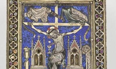 Mini-Tableau reliquaire-crucifixion entourée des instruments de la passion