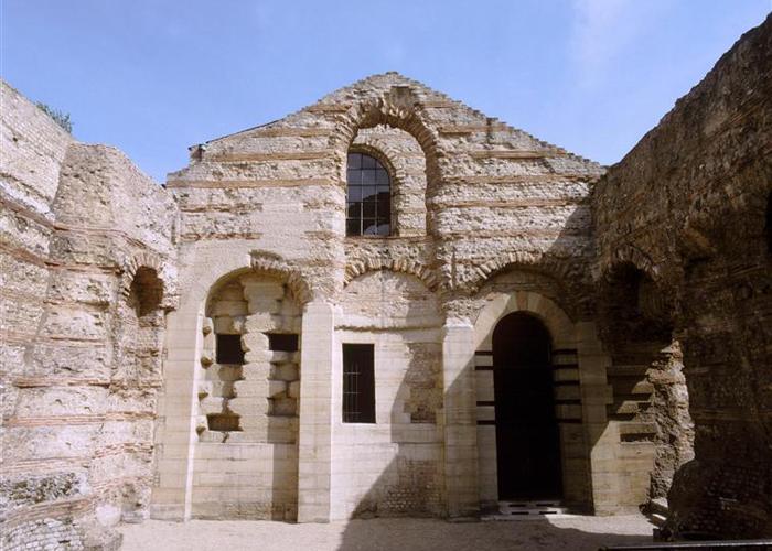 Les Thermes Tepidarium Home